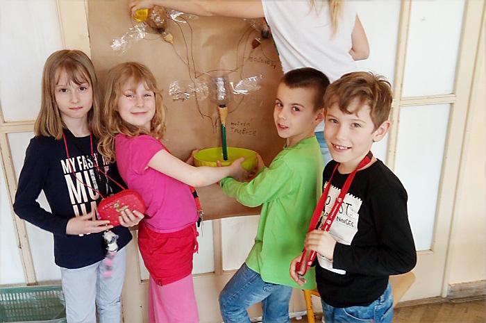 děti zkouší funkci ledvin